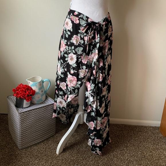 Xhilaration Dresses & Skirts - Xhileration • Floral Skirt